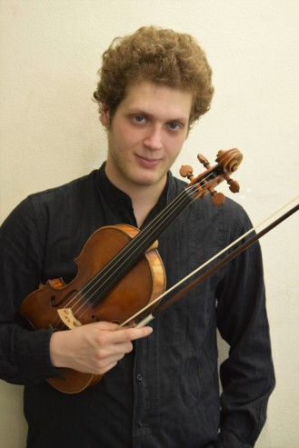 Davide Moro, Violino